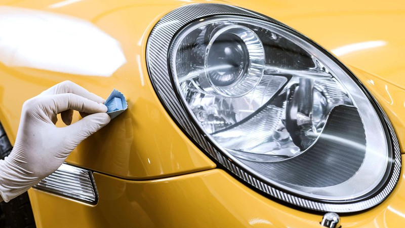 Process of car detailing after front fender repair